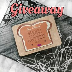Just 3 days left to enter my INTERNATIONAL GIVEAWAY!!! A chance to win the limited edition @toofaced PB&J palette   Please reshare  #belleblushh #giveaway #internationalgiveaway #blogger #beautyblogger #makeup #makeuplover #makeupjunkie #makeupstash #inssta_makeup #instagood #instadaily #instacool #igers #love
