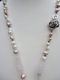 Hey, I found this really awesome Etsy listing at https://www.etsy.com/listing/126079318/rose-quartz-bead-necklace-pearl-natural