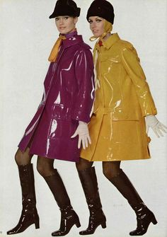 Models (Christa Fiedler left) in colorful raincoats by Yves Saint Laurent, photo by Jean Louis Guégan, 1966 60s And 70s Fashion, Mod Fashion, Vintage Fashion, Womens Fashion, Fashion Trends, Fashion Design, Fashion Shoes, Fashion Dresses, Style Année 60