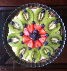 Raw Fruit Pizza