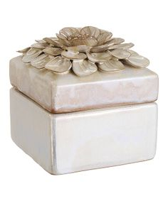 This Floral Square Ceramic Box is perfect! Hand Built Pottery, Slab Pottery, Ceramic Pottery, Pottery Art, Pottery Ideas, Ceramic Boxes, Ceramic Jars, Ceramic Clay, Slab Boxes
