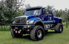 old pickup trucks Diesel Pickup Trucks, Custom Pickup Trucks, Lifted Trucks, Mini Trucks, Cool Trucks, Medium Duty Trucks, Muscle Truck, Classic Chevy Trucks, Classic Cars