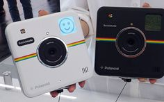 The Polaroid Socialmatic is a remarkably innovative and exciting camera, designed to empower people all over the world to instantly capture, print and share life's moments in ways never before possible. Instagram Logo, Photo Instagram, Buy Instagram Followers, Polaroid Camera, Print Your Photos, Photo Printer, Instant Camera, School Photos, Cool Tech