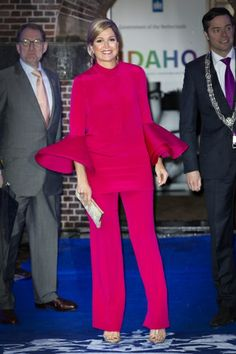 MYROYALS  FASHİON: Queen Maxima Attends a Dinner in Den Haag