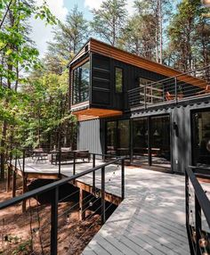 Storage Container Homes, Building A Container Home, Container Cabin, Container Buildings, Container Architecture, Container House Design, Tiny House Design, Architecture Design, Cargo Container