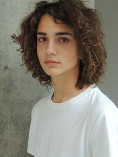 http://www.younglifter.com/forum/viewtopic.php?t=138557 (Nicaise)