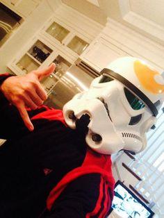 Pin for Later: Holt euch bei den Stars Inspiration für euer Halloween-Kostüm Freddie Prinze Jr. als Star Wars Figur