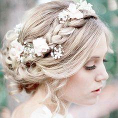 Coiffure mariage : {Bridal Hair} 25 Wedding Upstyles and Updos Romantic Wedding Hair, Wedding Hair And Makeup, Wedding Beauty, Dream Wedding, Hair Makeup, Hair Wedding, Wedding Braids, Trendy Wedding, Perfect Wedding