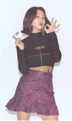 '[scan] yes or yes version c' Nayeon, Kpop Girl Groups, Korean Girl Groups, Kpop Girls, Kpop Outfits, Girl Outfits, Park Ji Soo, Jihyo Twice, Dahyun