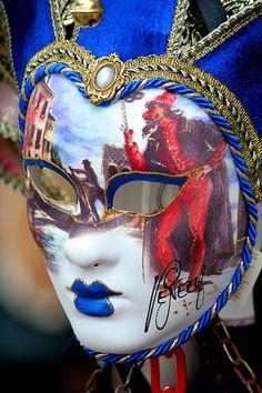 Masquerade Mania #masks #venetianmask #masquerade http://www.pinterest.com/TheHitman14/art-venetian-masks-%2B/