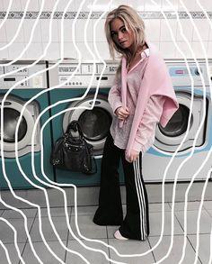 Claartje Rose, Dutch Blogger, balenciaga bag, adidas, pink vest, samsoesamsoe