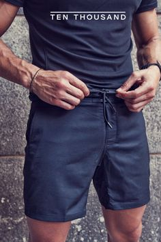 The only training shorts you'll ever need. Try them at home free for 30 days. Source by tenthousandgear clothing styles Summer Outfits Men, Sport Outfits, Mens Gloves, My Guy, Mens Clothing Styles, Men's Clothing, Hats For Men, Swagg, Men Casual