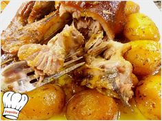grey10 Greek Recipes, Pot Roast, Chicken Wings, Pork, Food And Drink, Cooking Recipes, Yummy Food, Meat, Breakfast