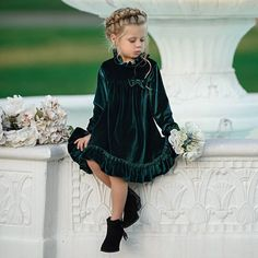 Bowknot Ruffle Hem Solid Color Dress - Buy Bowknot Ruffle Hem Solid Color Dress online with cheap prices and discover fashion Princess Dre - Girls Christmas Dresses, Wedding Dresses For Girls, Little Girl Dresses, Girls Dresses, Flower Girl Dresses, Toddler Christmas Dress, Christmas Clothes, Christmas Costumes, Flower Girls