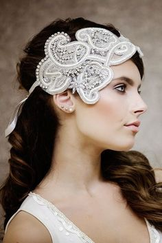 The Ariella Couture Bridal Headpiece by Gadegaard Design, photocredit: www.tinaliv.com