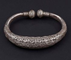 India Jewelry, Tribal Jewelry, Jewelry Gifts, Jewelery, Silver Jewelry, Sterling Silver Pendants, Ancient Jewelry, Antique Jewelry, Gold Bangles