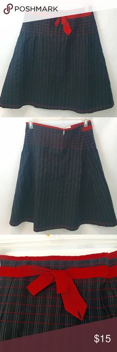 "Max & Co Black Pinstripe Skirt With Red Bow 10 Max &Co Black and Gray Pinstripe Skirt with Red Bow Detail Size 10. Waist 16"", Length 24.5"". Great Holiday skirt! Thanks for shopping my closet! Max & Co. Skirts Midi"