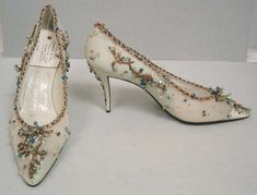 Evening shoes by R. Vivier for Dior 1957  with <3 from JDzigner www.jdzigner.com