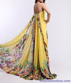 http://www.mavimenekse.com/cicek-desenli-elbise-modelleri-ornekleri.html