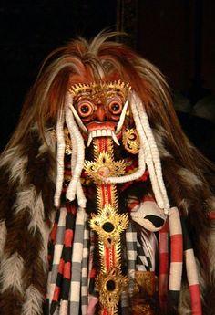 Rangda revealed for the demoness she is, Barong dance, Ubud Palace, Bali © Judith Sylte, Barong Bali, Ubud Palace, Indonesian Art, Religious People, Javanese, Magic Carpet, Black Side, Cultural, Ancient Art