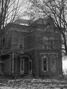 Abandoned Victorian Mansions | Victorian era farmhouse in Ashland, Ohio by VisualMercenary on ...
