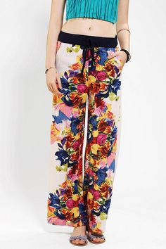 Angie Wide-Leg Floral Pant from Urban Outfitters