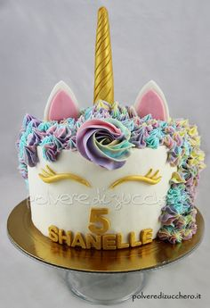 Torta unicorno per il compleanno di una bimba  unicorn cake for the birthday of a baby girl