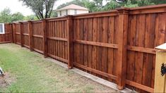 This particular fence stain is a really inspirational and wonderful idea backyard design diy ideas Wood Privacy Fence, Privacy Fence Designs, Privacy Walls, Diy Fence, Fence Landscaping, Backyard Fences, Wooden Fence, Fence Ideas, Stained Wood Fence
