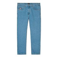 """Spodnie Jeansowe FLAVOUR LIGHT BLUE Spodnie jeansowe skrojone w stylu """"loose fit"""" zapinane na suwak, z małym haftem PROSTO na prawej nogawce. Z przodu na małej kieszonce naszyta metka Klasyk. Na tylnych kieszeniach wyhaftowane logo Prosto. Dodatkowymi elementemi ozdobnymi spodni jest mnóstwo małych detali, m.in: ekologiczna skórka z logo PROSTO na tylnej części paska czy wytrzymały suwak YKK. Mom Jeans, Light Blue, Model, Fashion, Moda, La Mode, Fasion"""