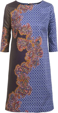 Classic A-line, great print - by Dressfactor