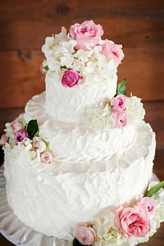 Yum! a gorgeous wedding cake with roses and hydrangeas! {Mulberry Lane Studio}