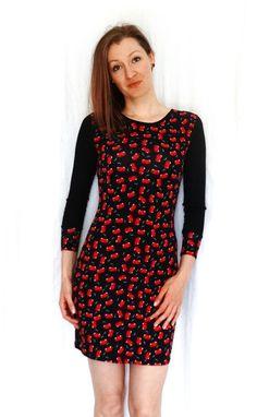 Stretchkleider - kurzes Jerseykleid schwarz mit Kirschen - ein Designerstück von lucylique bei DaWanda