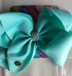 New Crazy 8 2 Pack Light Green Grosgrain Floral Hair Clips Hair Accessory NWT