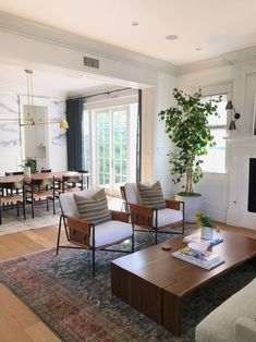 My Top Posts of the Year – jane at home My favorite pins of the week – Amber Interiors Living Room and Dining Room Living Room Interior, Home Living Room, Living Room Designs, Living Room Decor, Accent Chairs For Living Room, Living Room Inspiration, Home Decor Inspiration, Decor Ideas, 31 Ideas