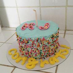 New Cake. 이니셜케이크. 오늘 업데이트됩니다. 👋🏼#myfunnybirthdaycake
