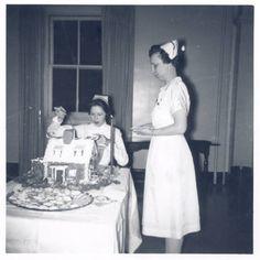 Christmas tea, Barnes Hospital School of Nursing, 1958. :: Visual Collections.