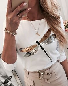 Dragonfly Sequin Tshirt Women Casual Long Sleeve White T-shirt 2020 Spring Harajuku Lady Round Neck Tee Shirt Femme Plus Size Casual T Shirts, Casual Tops, Trend Fashion, Womens Fashion, Style Fashion, Fashion Spring, Style Feminin, Mode Jeans, White Long Sleeve