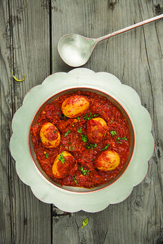 Zoomru Tool and Ruwangan Hach (Fried Hard-Boiled Eggs with Oven-Dried Tomatoes) | SAVEUR