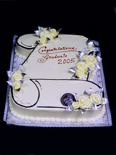 Graduation Cakes | Freed's Bakery Las Vegas |