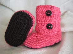 I so gotta learn this pattern..this is soooo cute and its in my favorite colors