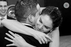 ¿Sabéis que hoy es el Día Internacional del Abrazo? Pues ya sabéis... abraza a alguien! Son gratis! #díainternacionaldelabrazo #hug #abrazo #abrazosgratis #happyhugday #fotografía #wedding #bodasLugo  #bodasGalicia #21enero #weddingphoto