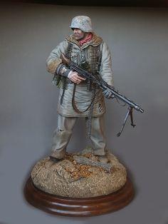 Toy solider, WSS MG-gunner.