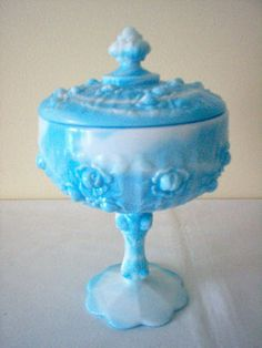 Vintage FENTON Cabbage ROSE Pattern BLUE  WHITE Slag Glass CANDY DISH  COVER