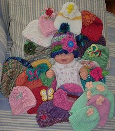 Rules for crocheting/knitting for preemies ~ info about types of yarn for hats also applies to blankets, imho :)