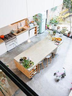 ZOË Home Room Design, House Design, Minimal Kitchen Design, Interior Architecture, Interior Design, Welcome To My House, Modern Architects, Tiny House Cabin, Küchen Design