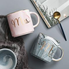 Mr Mrs Coffee Mugs Set - Gift for Engagement Wedding Bridal Shower and Married Couples Anniversary - Ceramic Marble oz Home Best Engagement Gifts, Engagement Sets, Wedding Engagement, Wedding Bride, Wedding Gifts, Mug Couple, Couple Gifts, Gifts In A Mug, Gifts For Mom
