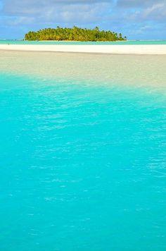 Small island, big ocean