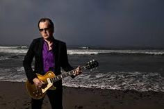 One hell of a blues man, Joe Bonamassa. Check out his version of Deep Purple's 'Lazy' on Re-Machined with Jimmy Barnes and Brad Whitford. PiSS…I don't think he actually plays too many gigs on the beach.