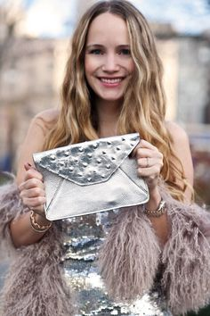 Grace of Stripes & Sequins  NYE party outfit  Oia Jules clutch giveaway
