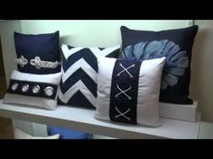 Elaine Smith Pillows Showroom at the Fall 2011 High Point Market. By Chris Sparks, Founder & Editor, InteriorDesignVIP.com.